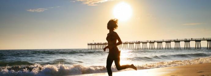 girl_running_on_beach[1]